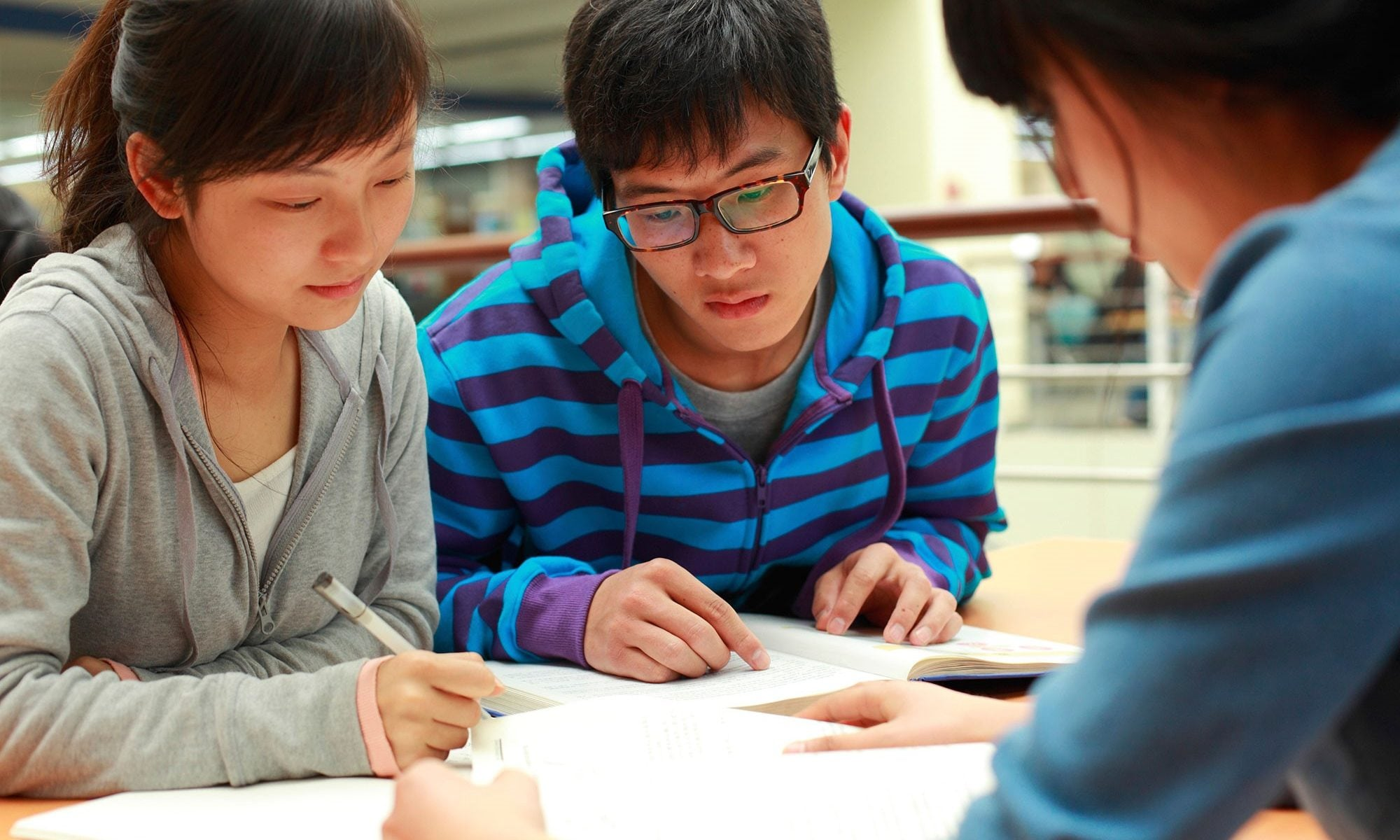 3 Main Difficulties For Chinese In Learning English - Let's Chinese